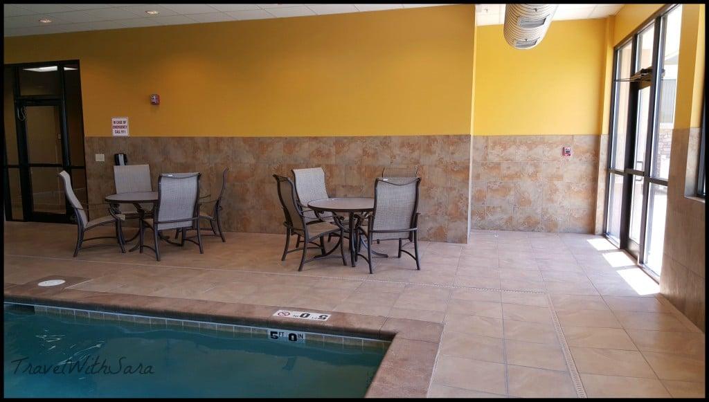 Pool at Best Western