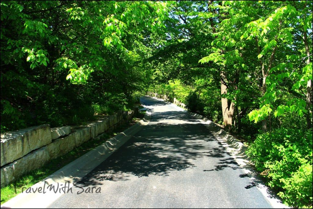 trail at lauritzen gardens