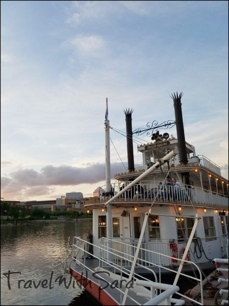 River Boat St Paul