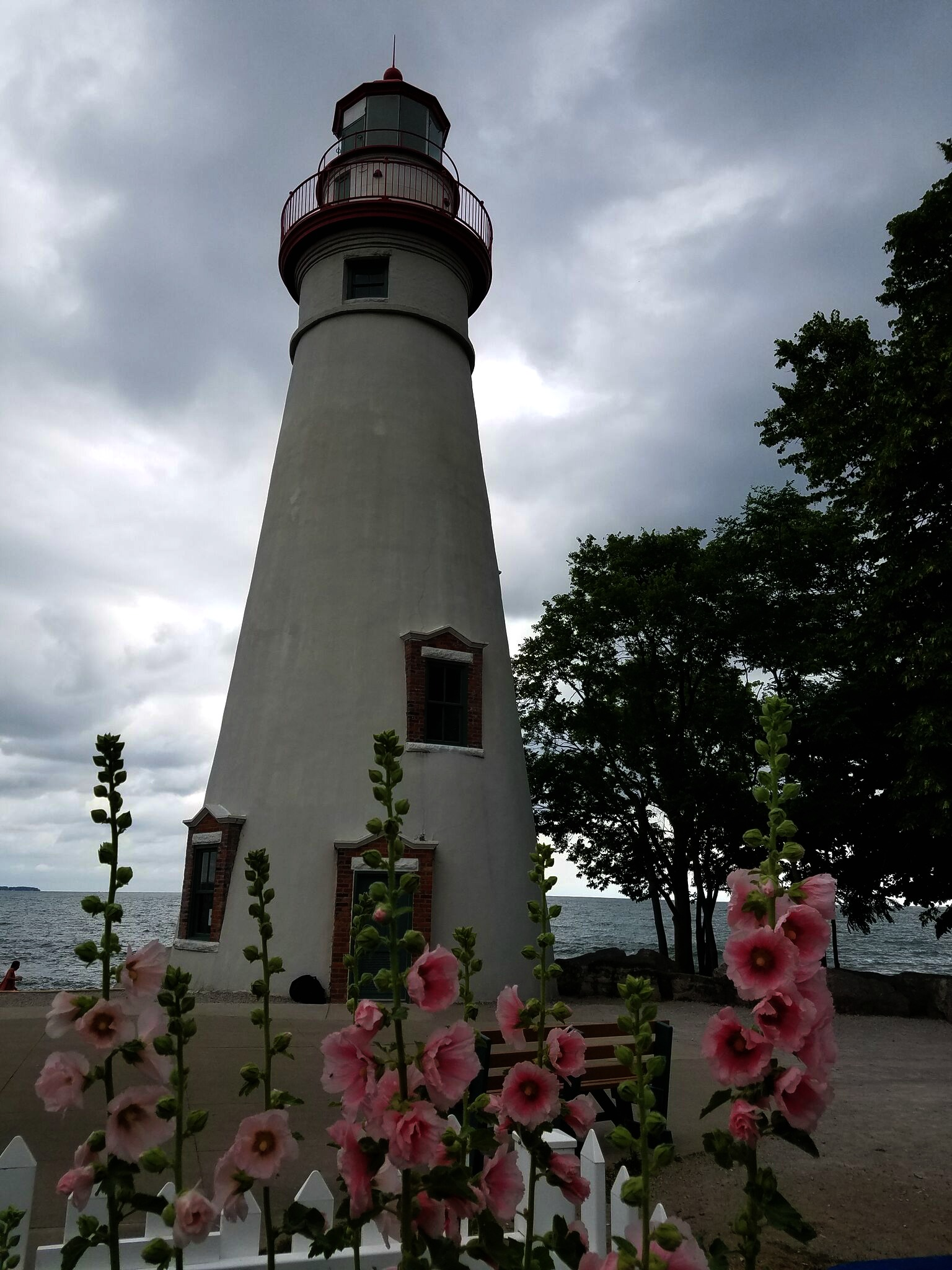 Marblehead Lighthouse with flowers