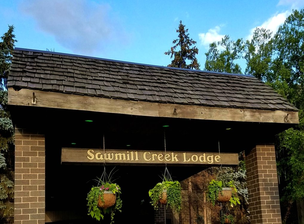 Sawmill Creek Lodge Feature Image