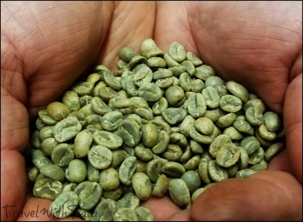 coffee at Aromas