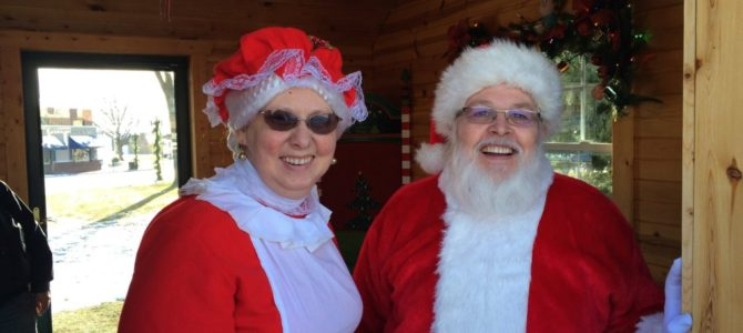 The Best Christmas Celebration In The Midwest: Clear Lake, Iowa