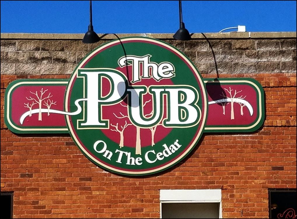 The Pub On The Cedar: Charles City, Iowa