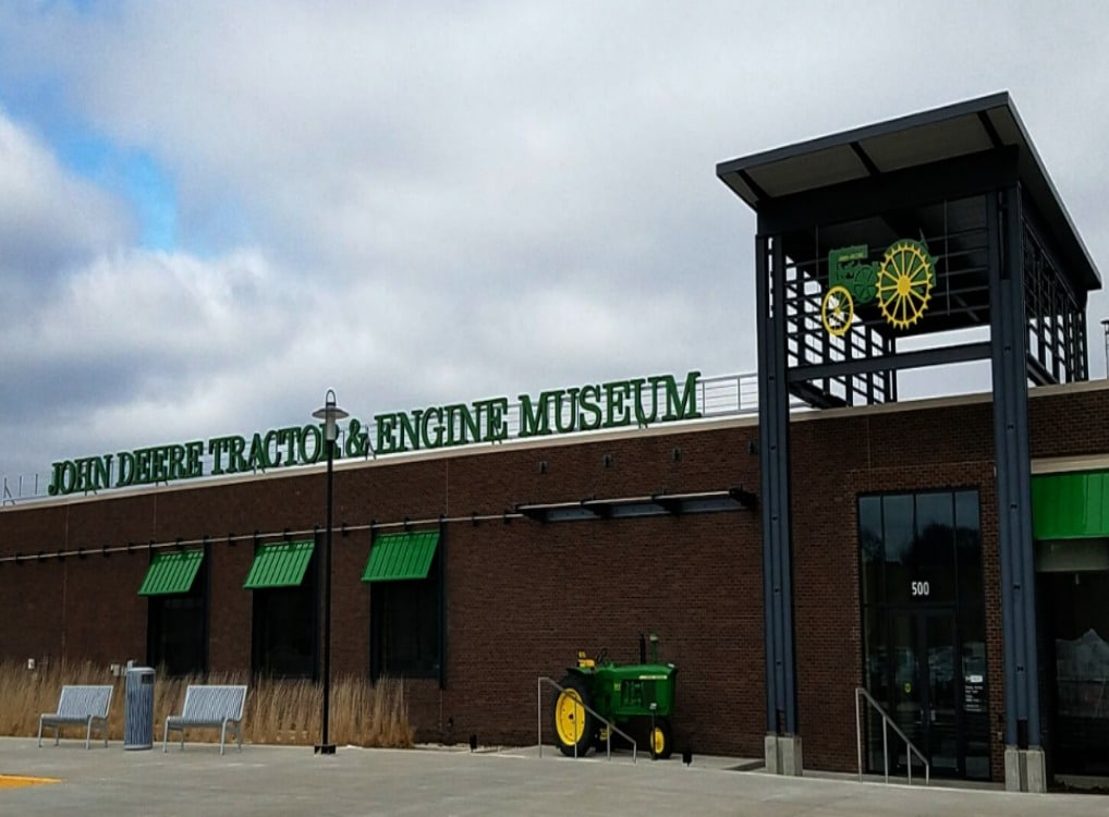 John Deere Engine & Tractor Museum: Waterloo, Iowa - Travel With Sara