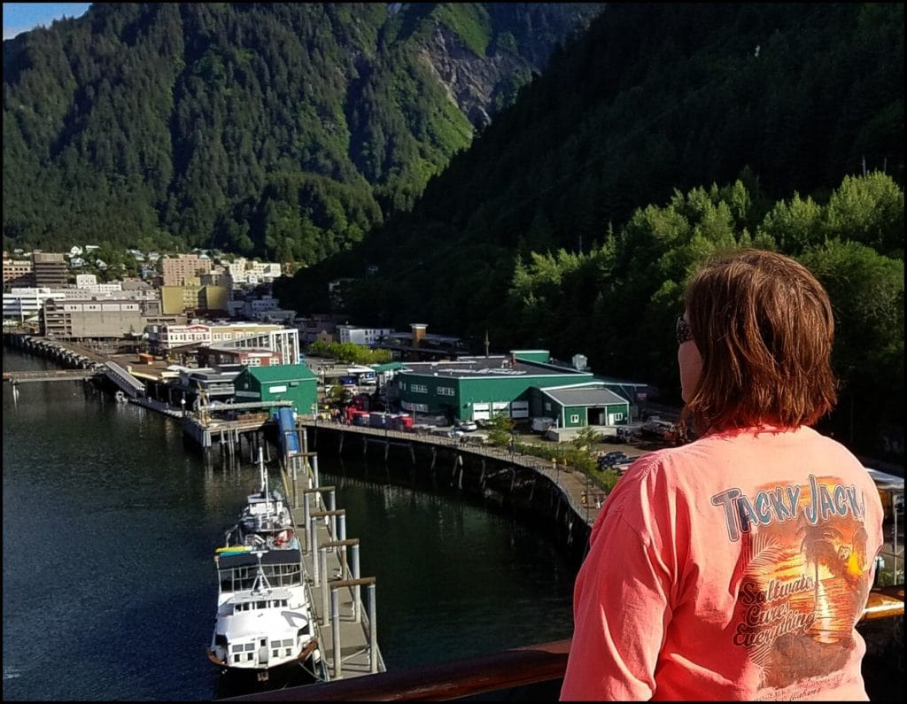 Sara Tacky Jacks Shirt Juneau