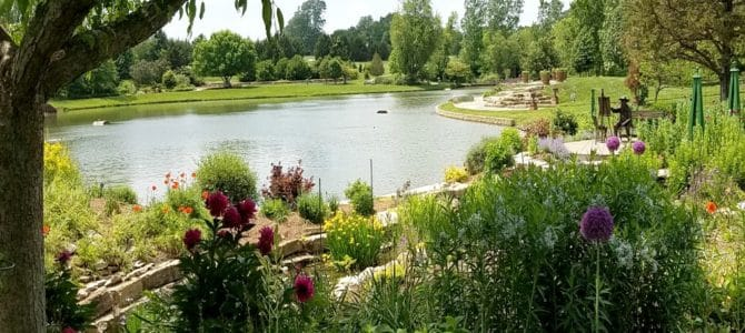 Five Midwest Gardens That You Need To Visit
