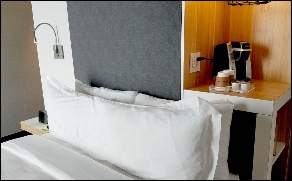 Bed at Alt Hotel