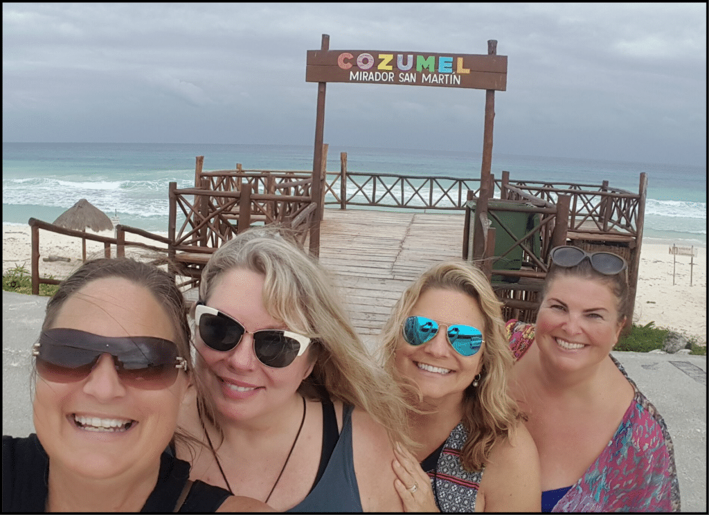 Girlfriends in Cozumel