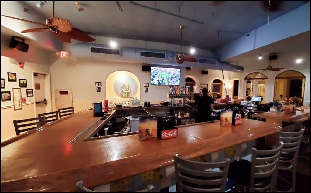 Hurricane Restaurant Pass a Grille
