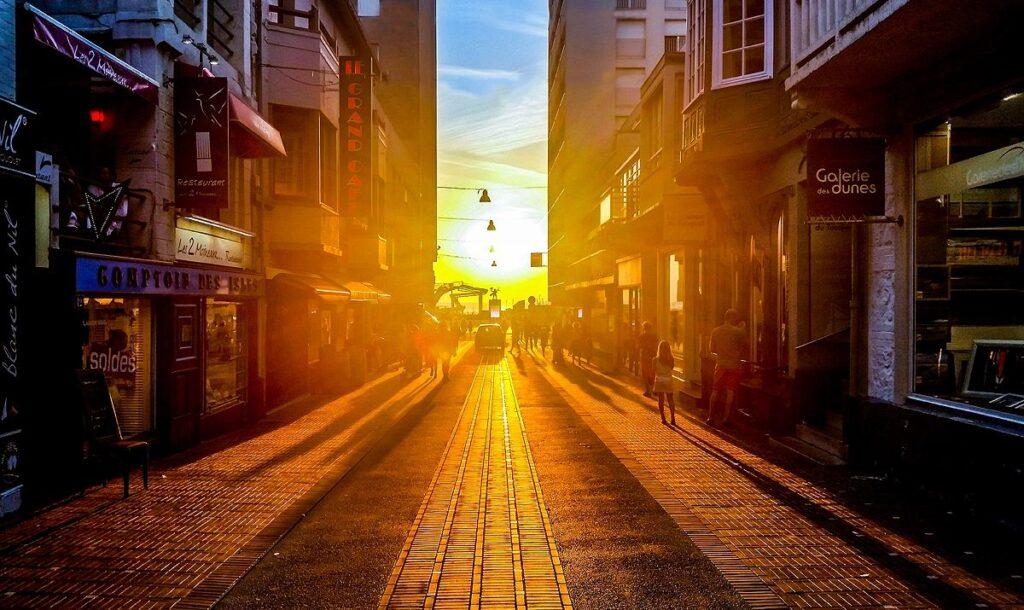 sun in city