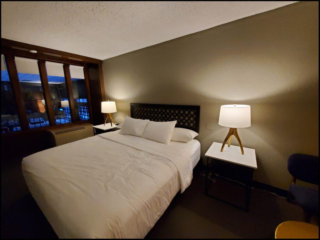 Highlander Hotel Iowa City