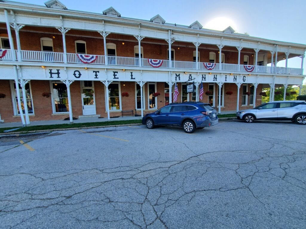 Hotel Manning Historic Hotel On Iowa's Scenic Byways