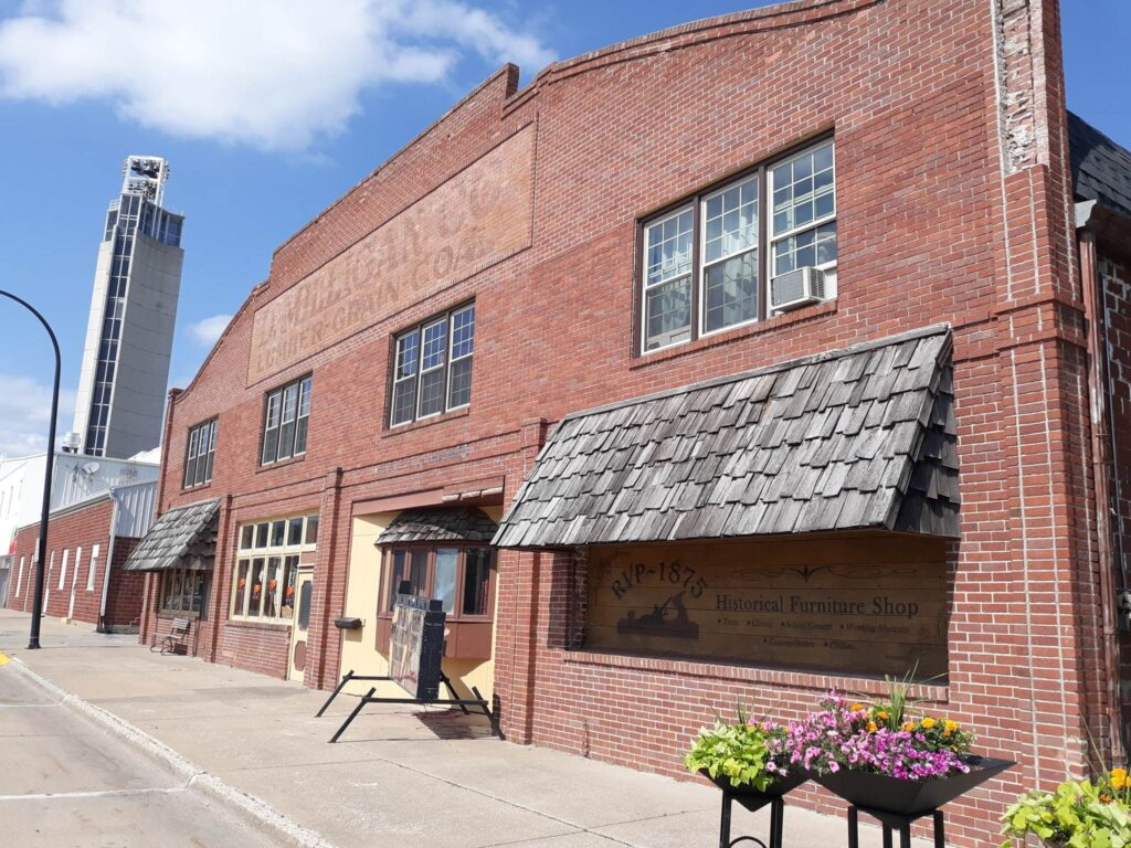 Historic Midwest Museum